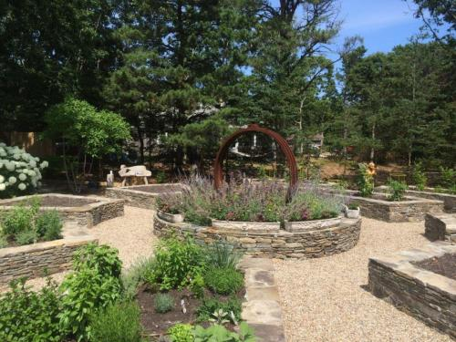 Artistic Gardens - Sculpture and Stonework Raised Beds